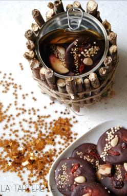 Mendiants au chocolat noir et coffret écologique